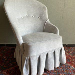 Lichtblauwe velours fauteuil