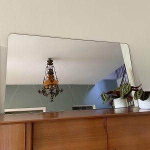 Grote spiegel met geslepen lijnen 120x70cm