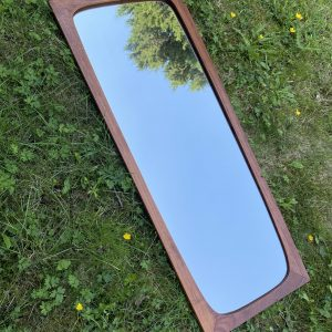 Houten spiegel 82cm hoog