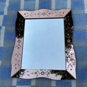 Antieke Venetiaanse spiegel met roze panelen 64x53cm Art Deco