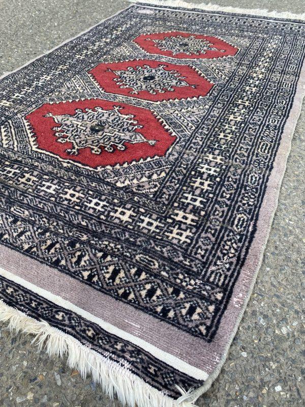 Vloerkleed handgeknoopt paars lila limburg tapijt perzisch pers oosters kleed rood wit pers klein