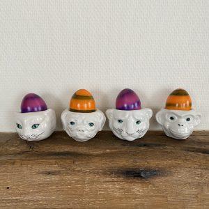 Set eierdopjes van keramiek