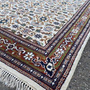 Handgeknoopt Perzisch vloerkleed wit oranje 170x238cm
