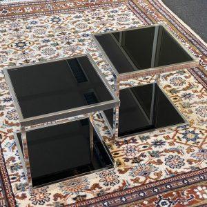 Bijzettafeltjes chroom met zwart glas (2 stuks)