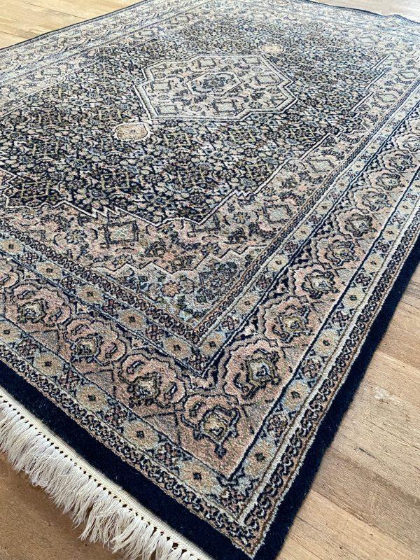 bidjar roze marineblauw perzisch kleed vloerkleed tapijt pers limburg vintage